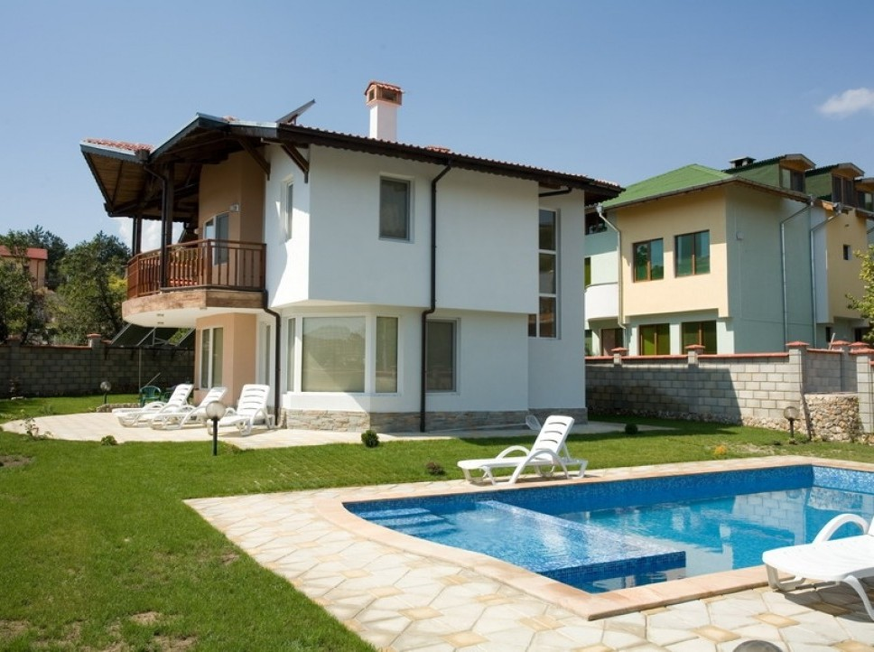 Villas with pool for rent in Bulgaria, Apartments for rent in